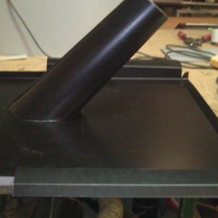 Tillverkad stos för avluftning på tak